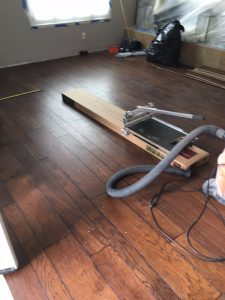 Hardwood Installation process by proper equipment | Direct Carpet Unlimited