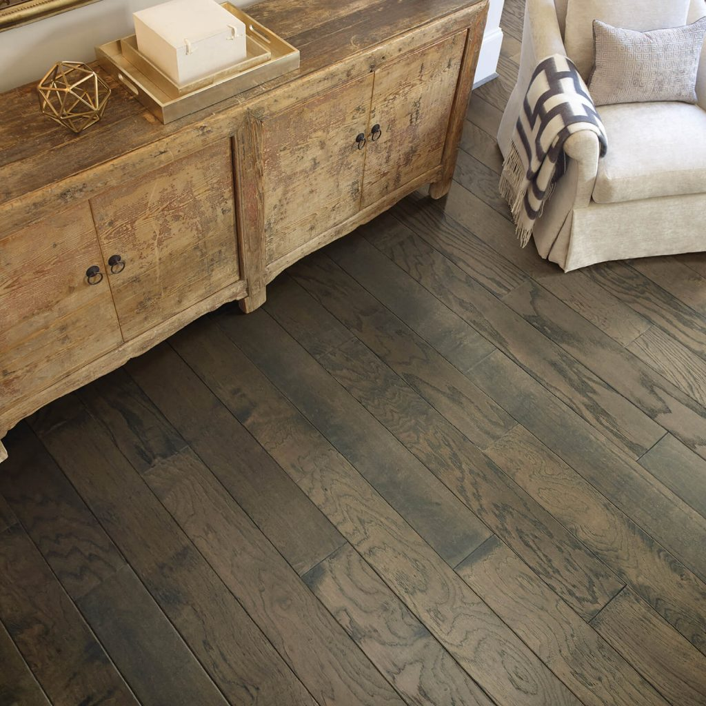 Hardwood flooring | Direct Carpet Unlimited
